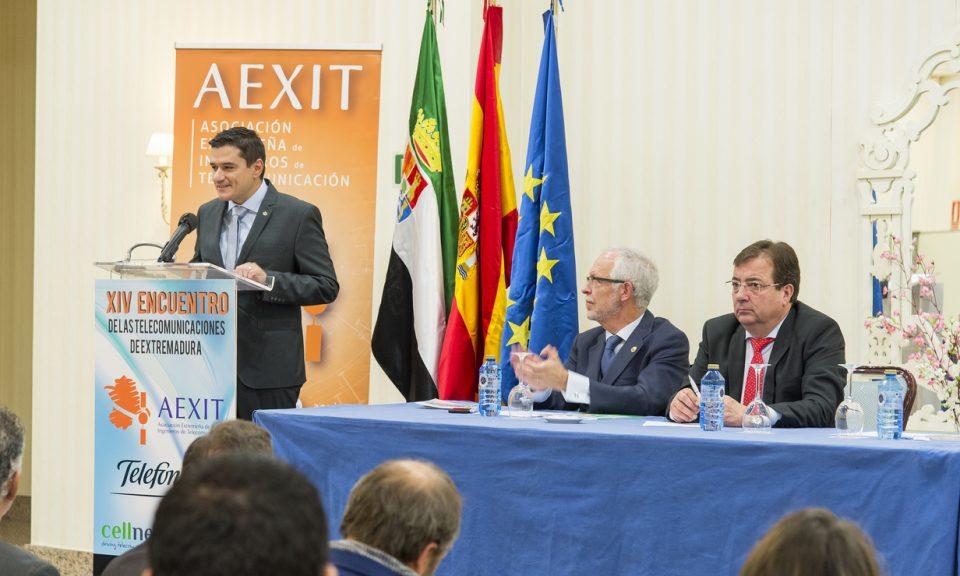 Toma la palabra el Presidente de AEXIT, Mario Férnandez